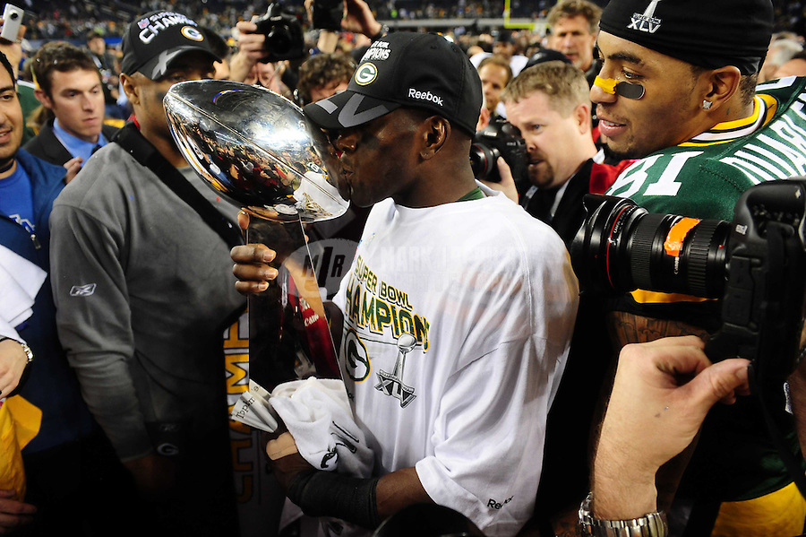 Feb 6, 2011; Arlington, TX, USA; Green Bay Packers wide receiver Donald Driver kisses the Vince Lombardi Trophy after defeating the Pittsburgh Steelers in Super Bowl XLV at Cowboys Stadium.  Mandatory Credit: Mark J. Rebilas-