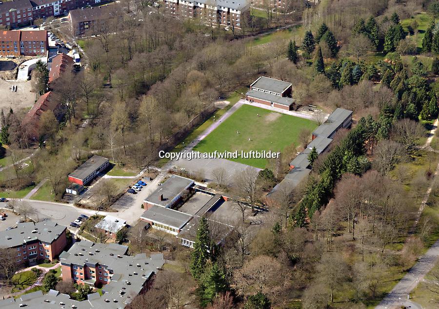 Schule an der Twiete: EUROPA, DEUTSCHLAND, HAMBURG, (EUROPE, GERMANY), 21.04.2013: Schule an der Twiete.