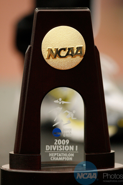 14 MAR 2009:  The Division I Men's Indoor Track and Field Championship takes place at the McFerrin Athletic Center on the Texas A&M University campus in College Station, TX.  Rodolfo Gonzalez/NCAA Photos