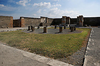 Macellum, Pompeii, 2nd century BC. The  covered food market, is North East of the Forum