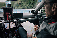 Trek-Segafredo DS Alain Gallopin making notes during course recon in the morning<br /> <br /> 104th Tour de France 2017<br /> Stage 1 (ITT) - D&uuml;sseldorf &rsaquo; D&uuml;sseldorf (14km)