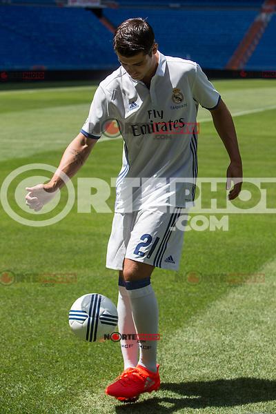 Real Madrid's Alvaro Morata during the presentation of the player at the Santiago Bernabeu Stadium. August 15, 2016. (ALTERPHOTOS/Rodrigo Jimenez) /NORTEPHOTO