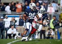 STATE COLLEGE, PA - SEPTEMBER 30:  Penn State RB Saquon Barkley (26) returns the opening kickoff 98-yards for a touchdown. The Penn State Nittany Lions defeated the Indiana Hoosiers 45-14 on September 2, 2017 at Beaver Stadium in State College, PA. (Photo by Randy Litzinger/Icon Sportswire)
