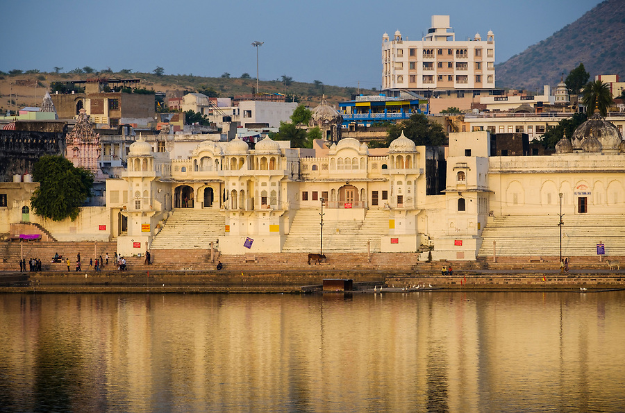 PUSHKAR, INDIA - CIRCA NOVEMBER 2016:  View of the Chandra Ghat in Pushkar Lake