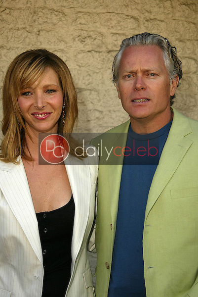 Lisa Kudrow and Michel Stern<br /> at the Los Angeles Premiere of &quot;Happy Endings&quot; at Mann National Theater, Westwood, CA 06-26-05<br /> David Edwards/DailyCeleb.Com 818-249-4998