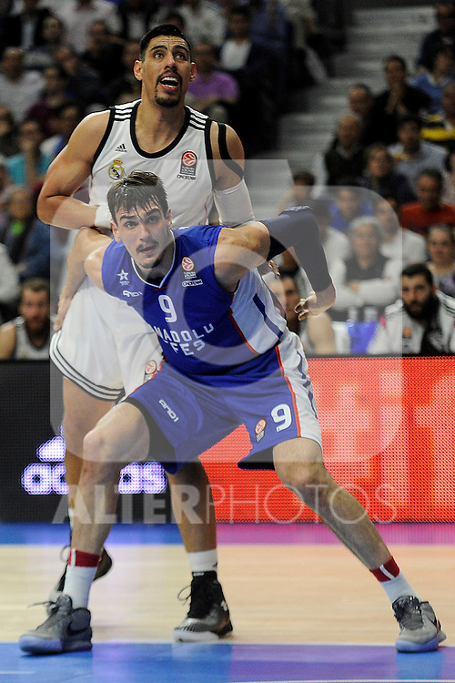 Real Madrid´s Gustavo Ayon and Anadolu Efes´s Dario Saric during 2014-15 Euroleague Basketball Playoffs match between Real Madrid and Anadolu Efes at Palacio de los Deportes stadium in Madrid, Spain. April 15, 2015. (ALTERPHOTOS/Luis Fernandez)