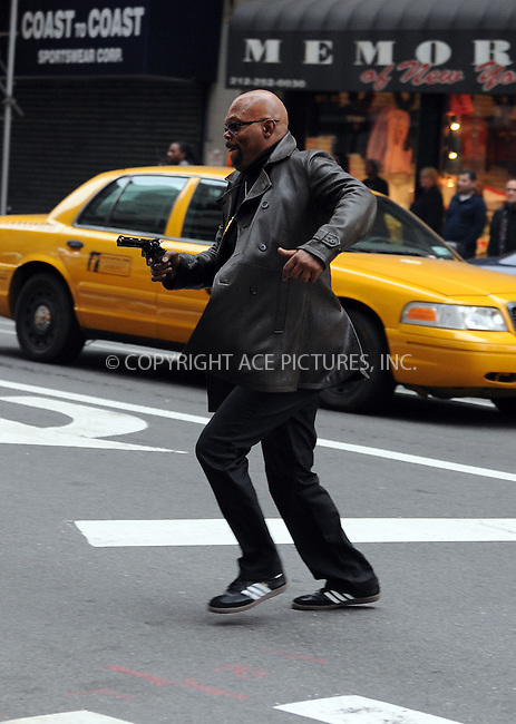 WWW.ACEPIXS.COM . . . . .  ....October 23 2009, New York City....Actor Samuel L Jackson on the midtown Manhattan set of 'The Other Guys' on October 23 2009 in New York City....Please byline: AJ Sokalner - ACEPIXS.COM.... *** ***..Ace Pictures, Inc:  ..(212) 243-8787 or (646) 769 0430..e-mail: picturedesk@acepixs.com..web: http://www.acepixs.com