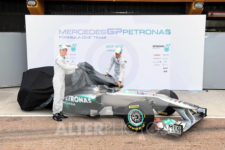 01.02.2011, Street Circuit. Jerez, ESP, Formel 1 Test 1 Valencia 2011,  im Bild  Mercedes W02 Launch 2011 - Nico Rosberg (GER), Mercedes GP - Michael Schumacher (GER), Mercedes GP  Foto: nph / Dieter Mathis< gemischt >