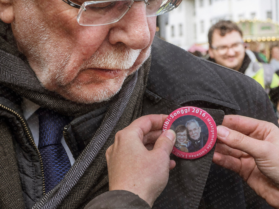 """Alexander Van der Bellen Österreich-Tour beim Wahlkampf auf der  """"Luschnouar Kilbi"""""""