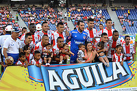 BARRANQUILLA- COLOMBIA -21-05-2016: Los jugadores de Atletico Junior, posan para una foto, durante partido entre Atletico Junior y Cortulua, de la fecha 19 de la Liga Aguila I-2016, jugado en el estadio Metropolitano Roberto Melendez de la ciudad de Barranquilla. / The players of Atletico Junior, pose for a photo, during a match between Atletico Junior and Cortulua, for date 19 of the Liga Aguila I-2016 at the Metropolitano Roberto Melendez Stadium in Barranquilla city, Photo: VizzorImage  / Alfonso Cervantes / Cont.