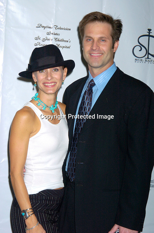 Kelley and John Hensley ..at the 10th Annual Daytime Television Salutes St. Jude Children's Research Hospital Benefit on October 8, 2004 at the Marriott Marquis Hotel in New York City...Photo by Robin Platzer, Twin Images