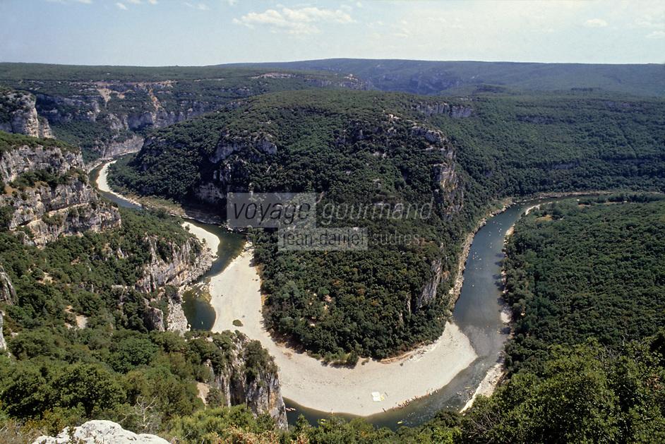 Europe/France/Rhone-Alpes/07/Ardéche /Gorges de l'Ardéche vues depuis le Belvédère de Gaud