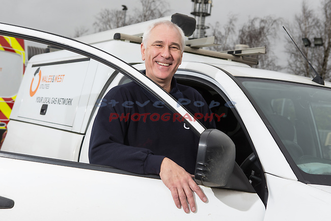 Wales &amp; West Utilities<br /> Paul Loveridge<br /> Emergency gas engineer.<br /> Swindon<br /> 18.12.15<br /> &copy;Steve Pope - Fotowales
