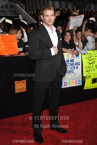 """Kellan Lutz at the world premiere of his new movie """"The Twilight Saga: New Moon"""" at Mann Village & Bruin Theatres, Westwood..November 16, 2009  Los Angeles, CA.Picture: Paul Smith / Featureflash"""