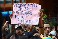SÃO PAULO,SP, 18.06.2017 - PARADA-SP -Público durante a 21º  Parada do orgulho LGBT na avenida paulista em São Paulo neste domingo, 18. (Foto: Eduardo Martins/Brazil Photo Press)
