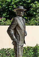 Sculpture of Frank Loyd Wright at the Sharp Family Tourism and Education Center, Florida Southern College, Lakeland, Florida, USA.