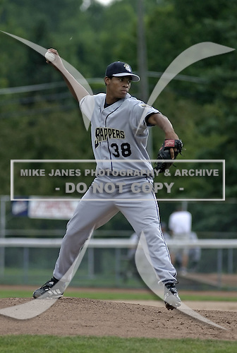 July 14, 2004:  Richard De Los Santos of the Mahoning Valley Scrappers, Short-Season Low-A NY-Penn League affiliate of the Cleveland Indians, during a game at Russell Diethrick Park in Jamestown, NY.  Photo by:  Mike Janes/Four Seam Images