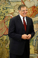 Defense Secretary Leon Panetta at Zarzuela Palace. January 15, 2013. (ALTERPHOTOS/Caro Marin) /NortePhoto