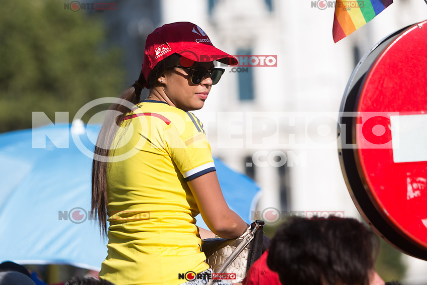 Colombian supporters during the last stage or La Vuelta of Spain in Madrid. September 10, 2016. (ALTERPHOTOS/Rodrigo Jimenez) NORTEPHOTO.COM