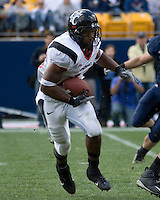 20 October 2007: Cincinnati running back Butler Benton..The Pitt Panthers defeated the Cincinnati Bearcats 24-17 on October 20, 2007 at Heinz Field, Pittsburgh, Pennsylvania.