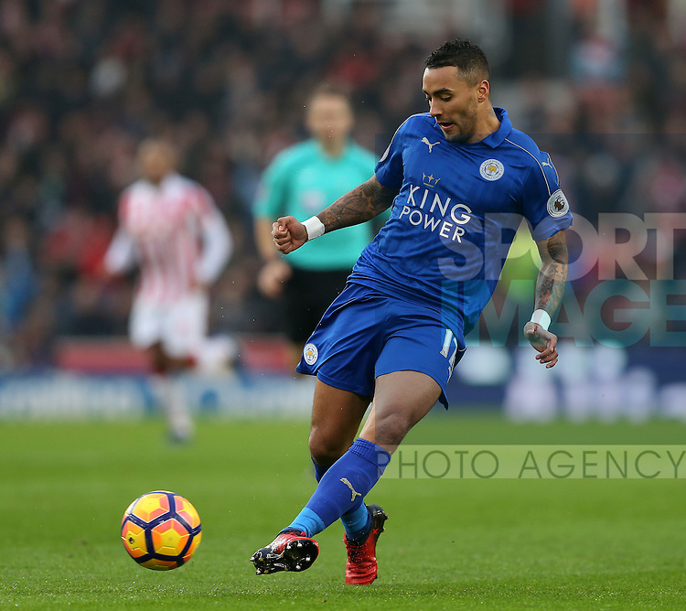 Danny Simpson of Leicester City during the English Premier League match at the Bet 365 Stadium, Stoke on Trent. Picture date: December 17th, 2016. Pic Simon Bellis/Sportimage