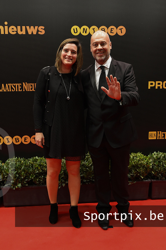 20190116 – PUURS ,  BELGIUM : Cecile De Gernier (L) pictured during the  65nd men edition of the Golden Shoe award ceremony and 3th Women's edition, Wednesday 16 January 2019, in Puurs Studio 100 Pop Up Studio. The Golden Shoe (Gouden Schoen / Soulier d'Or) is an award for the best soccer player of the Belgian Jupiler Pro League championship during the year 2018. The female edition is the thirth one in Belgium.  PHOTO DIRK VUYLSTEKE | Sportpix.be