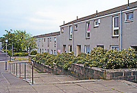 Cumbernauld: Plain, but not bad looking, flats. Photo '90.