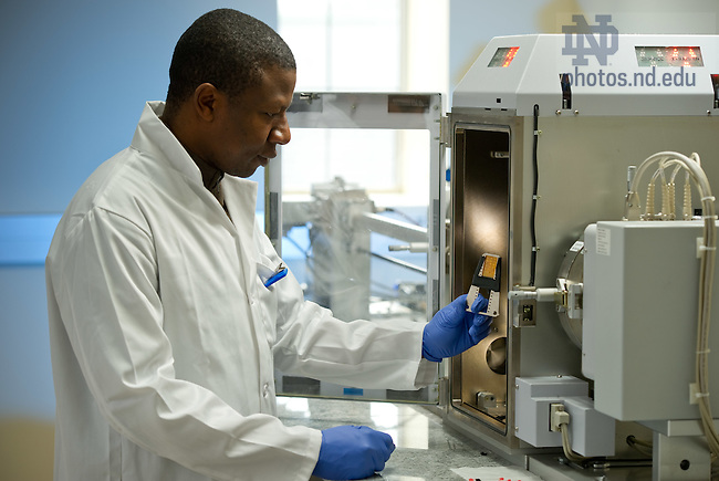 Feb. 16, 2012; Graduate engineering research in Stinson-Remick..Photo by Matt Cashore/University of Notre Dame