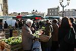 20080202 - France - Aquitaine - Bordeaux<br /> LE MARCHE SAINT-MICHEL, PLACE SAINT-MICHEL A BORDEAUX.<br /> Ref : MARCHE_019.jpg - © Philippe Noisette.
