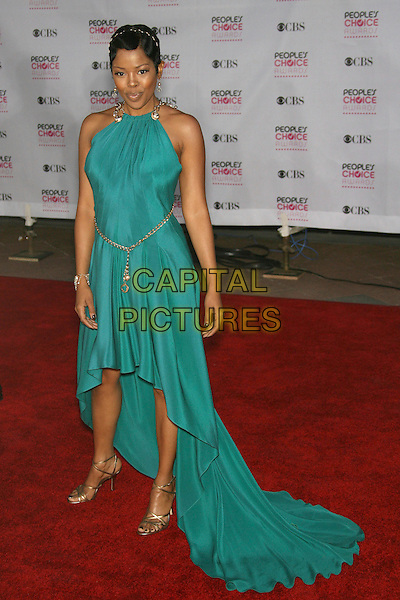 MALINDA WILLIAMS.The 33rd Annual People's Choice Awards - Arrivals held at The Shrine Auditorium, Los Angeles, California, USA..January 9th, 2007.full length dress halterneck green turquoise gold chain belt shoes.CAP/ADM/ZL.©Zach Lipp/AdMedia/Capital Pictures