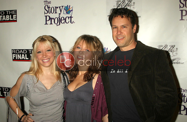 Courtney Peldon with Ashley Peldon and Noah Blake<br />at Poker for Katrina Relief. Montmartre Lounge, Hollywood, CA. 12-01-05<br />Dave Edwards/DailyCeleb.com 818-249-4998