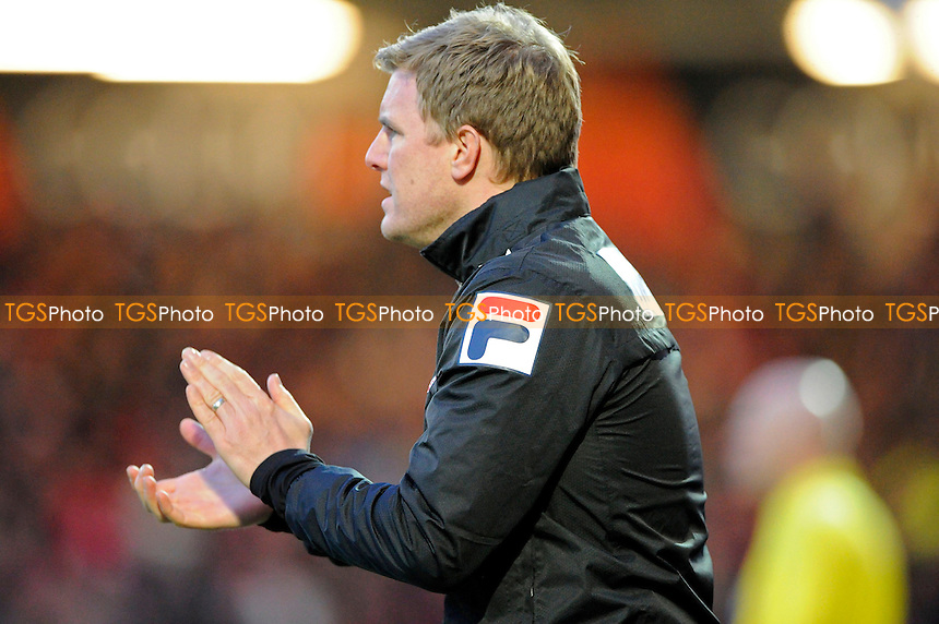 AFC Bournemouth Manager Eddie Howe urges his team on - AFC Bournemouth vs Yeovil Town - Sky Bet Championship Football at the Goldsands Stadium, Bournemouth, Dorset - 26/12/13 - MANDATORY CREDIT: Denis Murphy/TGSPHOTO - Self billing applies where appropriate - 0845 094 6026 - contact@tgsphoto.co.uk - NO UNPAID USE