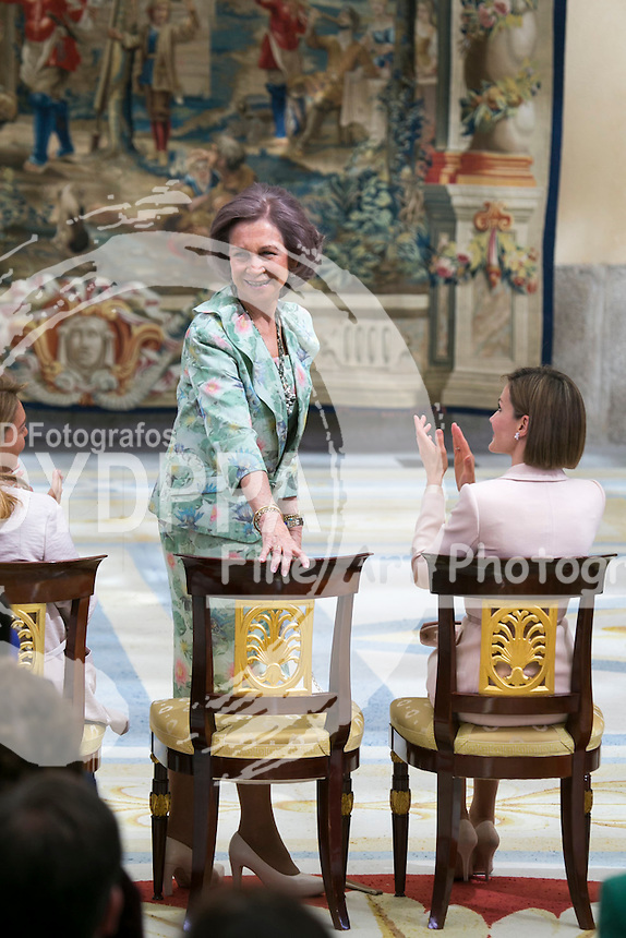 ***SPAIN OUT***WEBS OUT***Pool in Spain Target and Cordon Press. <br /> Queen Letizia of Spain and Former Queen Sofia of Spain