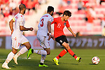Lee Chungyong of South Korea (R) in action during the AFC Asian Cup UAE 2019 Round of 16 match between South Korea (KOR) and Bahrain (BHR) at Rashid Stadium on 22 January 2019 in Dubai, United Arab Emirates. Photo by Marcio Rodrigo Machado / Power Sport Images