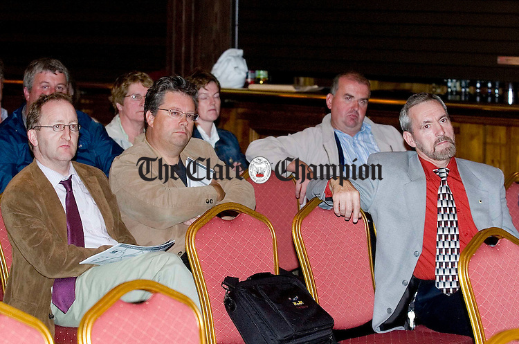 Shannon Town development Info night at the Oakwood Arms Shannon.Pic Arthur Ellis.