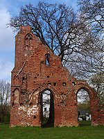 Klosterruine Eldena in Greifswald, ,Mecklenburg-Vorpommern, Deutschland, Europa<br /> Ruins of monastery Eldena in Greifswald, Mecklenburg-Hither Pomerania, Germany, Europe