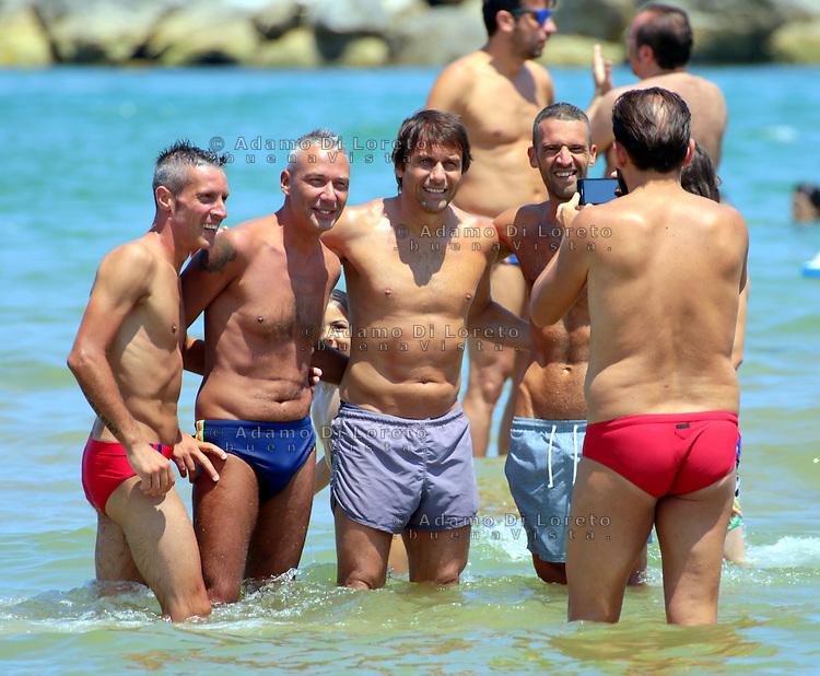 Antonio Conte, Trainer of the italian team soccer, during his holiday with his friends in Pescara, Abruzzo, on July, 2015. Photo: Di Loreto/Lattanzio/BuenaVista*Photo