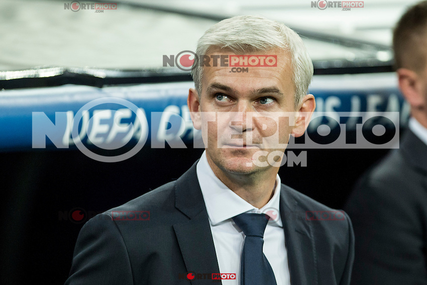 Legia Warszawa's coach Jacek Magiera during the match of UEFA Champions League group stage between Real Madrid and Legia de Varsovia at Santiago Bernabeu Stadium in Madrid, Spain. October 18, 2016. (ALTERPHOTOS/Rodrigo Jimenez) /NORTEPHOTO.COM