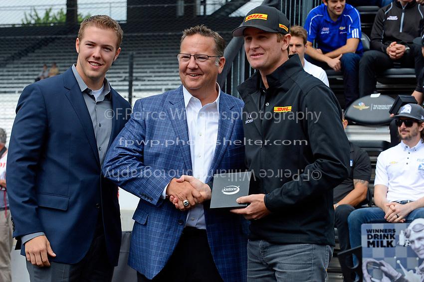 Verizon IndyCar Series<br /> Indianapolis 500 Drivers Meeting<br /> Indianapolis Motor Speedway, Indianapolis, IN USA<br /> Saturday 27 May 2017<br /> Starter's ring presentation: Ryan Hunter-Reay, Andretti Autosport Honda<br /> World Copyright: F. Peirce Williams