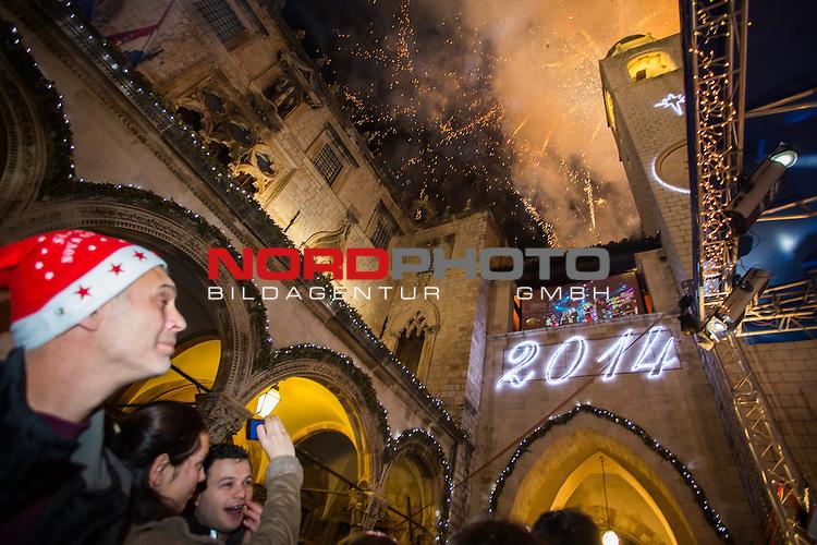 31.12.2013., Dubrovnik - New Year celebrations .Many citizens gathered at Stradun to celebrate  New Year<br /> Photo: Grgo Jelavic/PIXSELL