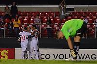 SÃO PAULO, SP, 23 DE MARÇO DE 2013 - CAMPEONATO PAULISTA - SÃO PAULO x BRAGANTINO: Luis Fabiano comemora gol durante partida São Paulo x Bragantino, válida pela 14ª rodada do Campeonato Paulista de 2013, disputada no estádio do Morumbi em São Paulo. FOTO: LEVI BIANCO - BRAZIL PHOTO PRESS.