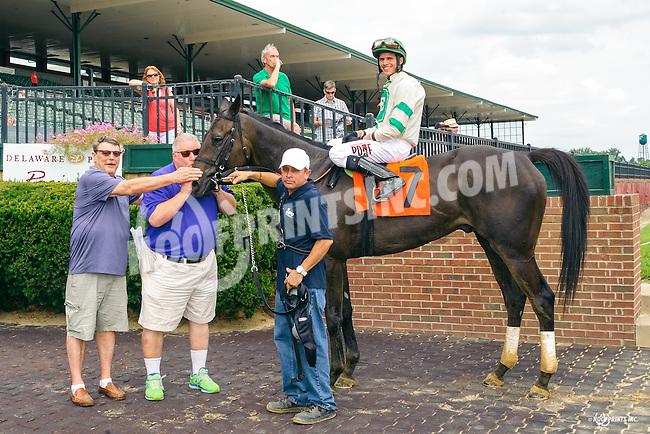 Big Joe Candy winning at Delaware Park on 8/25/16