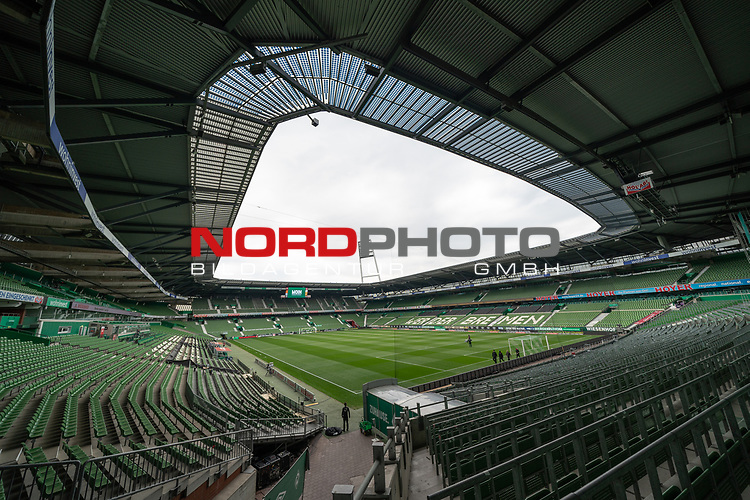 Feature Ueberblick Stadion leeres Stadion Spielertunnel, Flutlichtmasten  Ostkurve, leere Plaetze, Leere Sitzschalen Re-Start Fussball Bundesliga<br /> <br /> Sport: Fussball: 1. Bundesliga: Saison 19/20: <br /> 26. Spieltag: SV Werder Bremen vs Bayer 04 Leverkusen, 18.05.2020<br /> <br /> Foto ©  gumzmedia / Nordphoto / Andreas Gumz / POOL <br /> <br /> Nur für journalistische Zwecke! Only for editorial use!<br />  DFL regulations prohibit any use of photographs as image sequences and/or quasi-video.