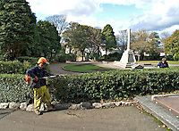 Gardener working tidying the hedges in the parks gardens..©shoutpictures.com..john@shoutpictures.com