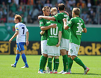 FUSSBALL   DFB POKAL   SAISON 2011/2012  1. Hauptrunde FC Heidenheim - Werder Bremen              30.07.2011 Jubel Markus Rosenberg, Marko Marin, Tim Borowski , Lennart Thy (v. li., SV Werder Bremen)