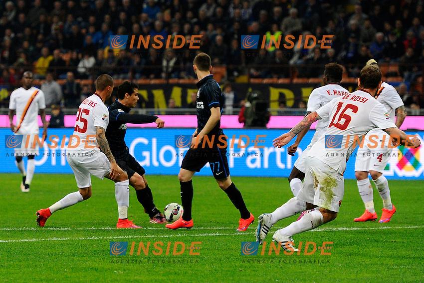 Gol di Hernanes Inter 1-0. Celebration goal<br /> Milano 25-04-2015 Stadio Giuseppe Meazza - Football Calcio Serie A Inter - Roma. Foto Giuseppe Celeste / Insidefoto