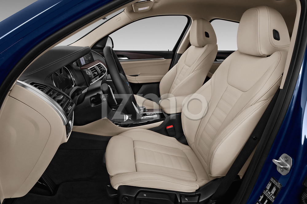 Front seat view of a 2020 BMW X4 xDrive30i 5 Door SUV front seat car photos