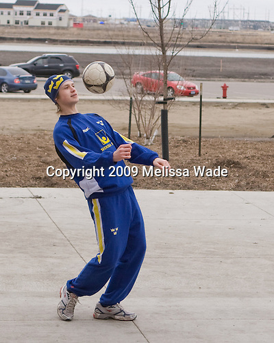 Oliver Ekman Larsson (Sweden - 7) - Members of Team Sweden warmed up outside the Urban Plains Center in Fargo, North Dakota, on Saturday, April 18, 2009 prior to their final match against the Czech Republic during the 2009 World Under 18 Championship.