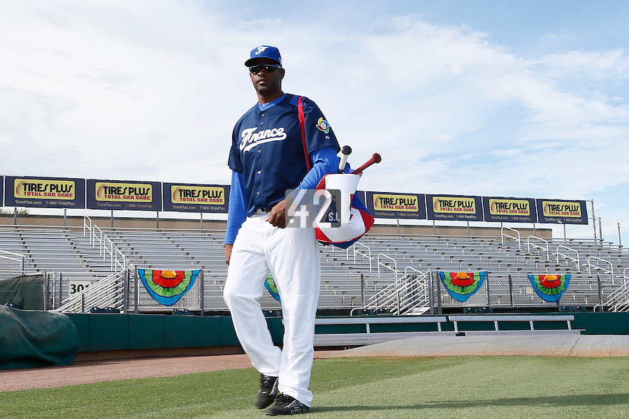 20 September 2012: Sneideer Santos is seen prior to Spain 8-0 win over France, at the 2012 World Baseball Classic Qualifier round, in Jupiter, Florida, USA.