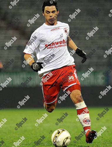 2010-11-27 / Voetbal / seizoen 2010-2011 / Antwerp FC - KV Oostende / Niels Martin..Foto: Mpics